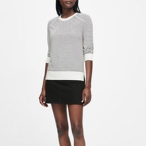 BANANA REPUBLIC-Washable Merino Raglan Sweater/S